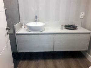 mueble de baño suspendido2